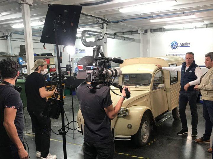 Une Citroën 2CV fourgonnette convertie à l'électrique? C'est chose faite grâce à RMC Découverte