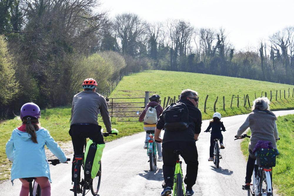 Vél'OFIL, écotourisme à vélo électrique dans le Vexin Français (95)