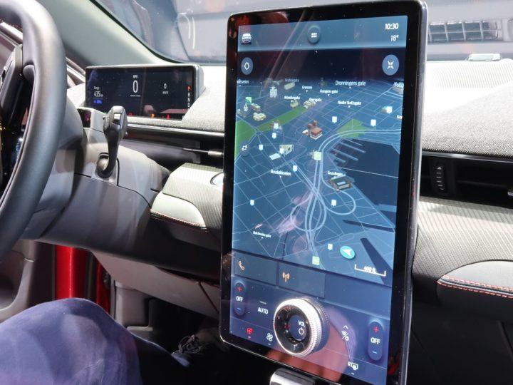 Bluecruise : la réponse de Ford à l'Autopilot Tesla, avec une nette amélioration