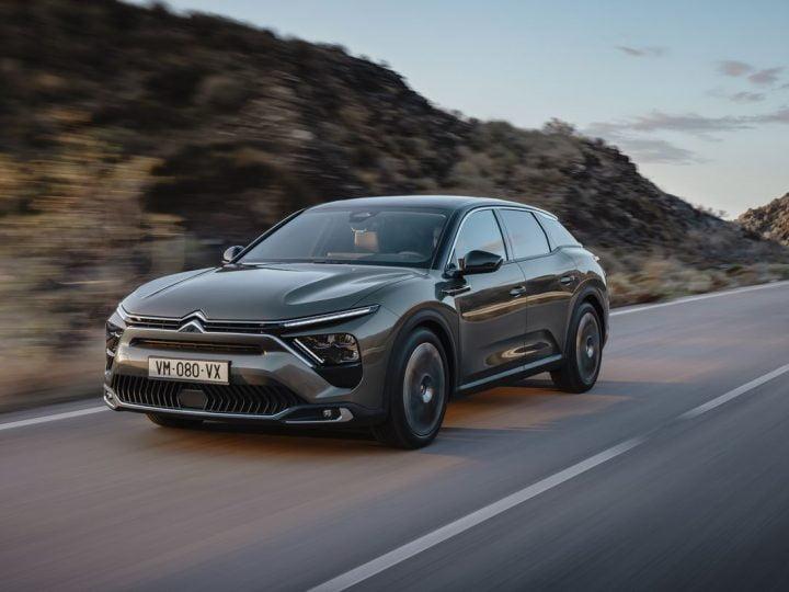 Citroën C5 Xhybride rechargeable : tout savoir sur la nouvelle berline aux chevrons