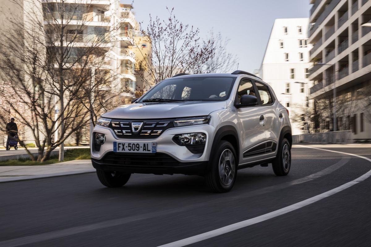 Essai Dacia Spring: la petite électrique tient-elle ses promesses sur petites routes?