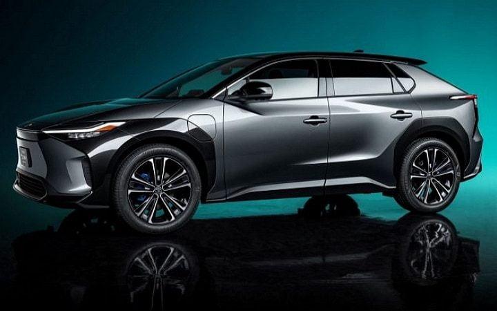 Toyota va présenter 70 véhicules électriques et hybrides d'ici 2025, dont un nouveau SUV