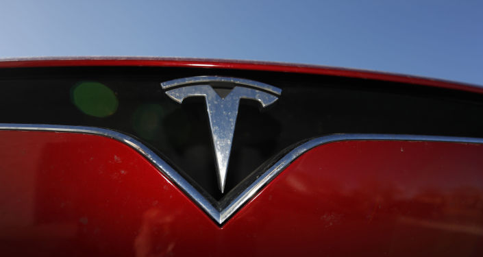 Ventes de voitures électriques en France: Tesla surprend Peugeot et Renault