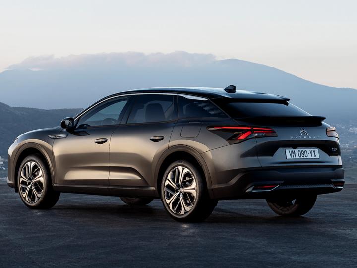 Citroën annonce le crossover C5 X PHEV – electrive.com