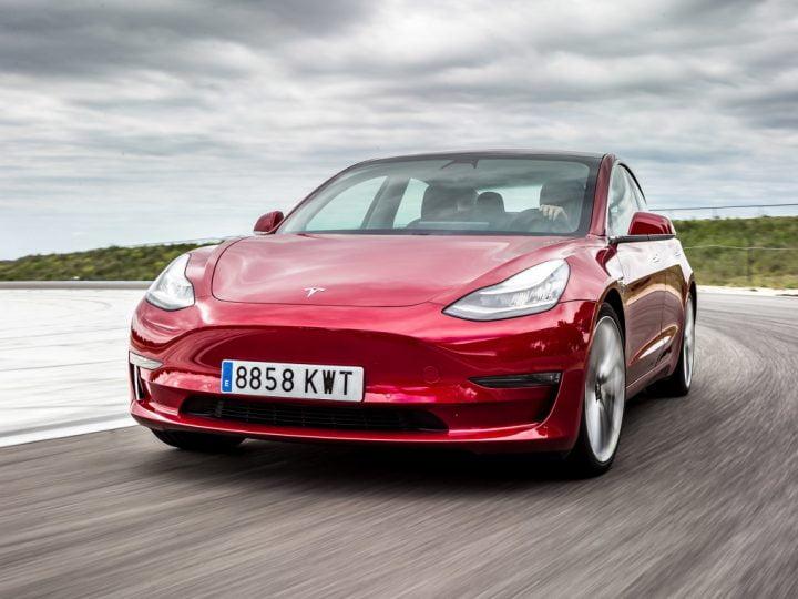 Ventes auto électriques (mars 2021) : Tesla détrône Peugeot en France