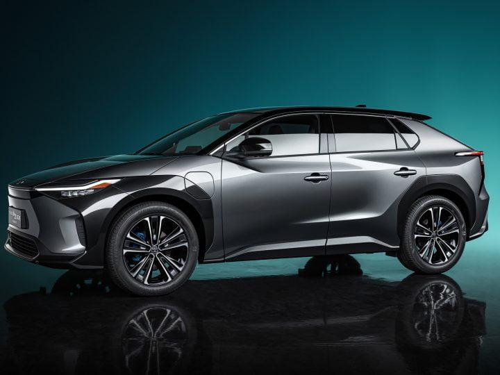 Le concept Toyota bZ4X ressemble à un RAV4 entièrement électrique, en tête de la gamme des modèles EV «bZ»