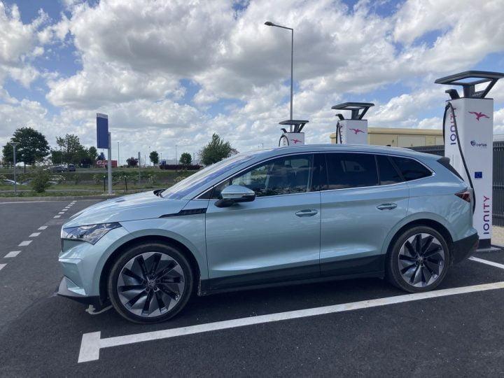 Essai Skoda Enyaq iV 80 : Que vaut ce SUV électrique sur l'autoroute ?