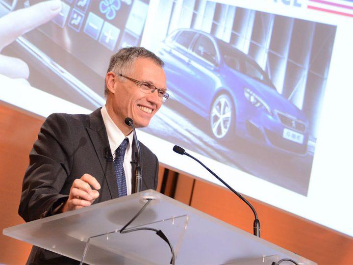 Stellantis : Carlos Tavares toujours sceptique sur la voiture électrique