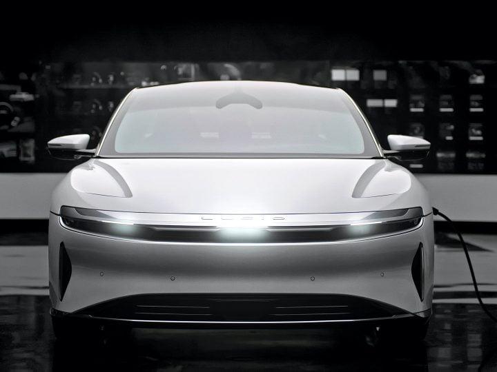 Interface lucide, règles de batterie des véhicules électriques en Californie, Toyota hybride accessible en fauteuil roulant: Actualités automobile d'aujourd'hui