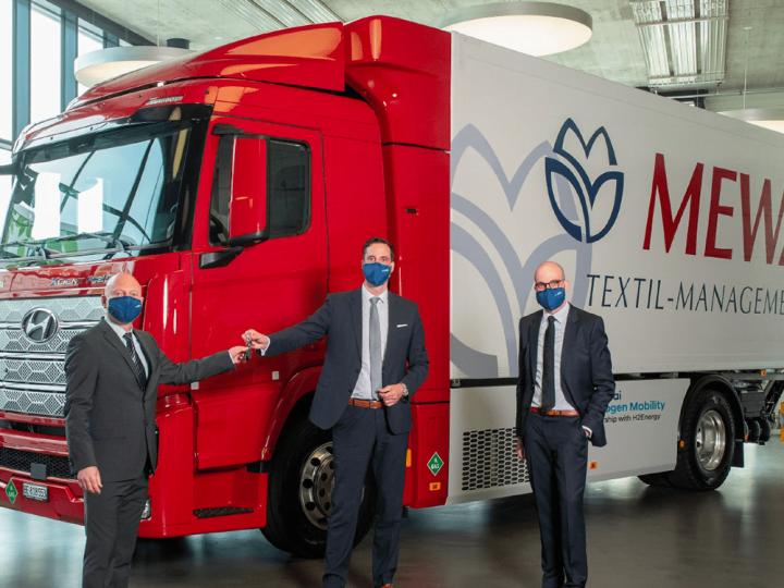 Mewa reçoit un camion H2 de Hyundai – electrive.com