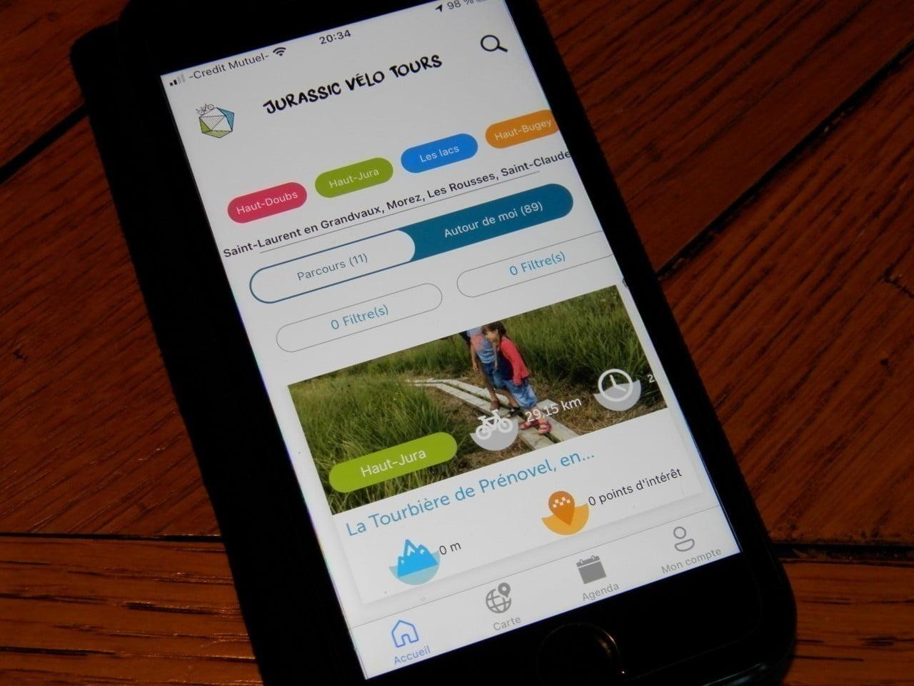 Jura. Jurassic Vélo Tours : suivez le guide grâce à une application à charger sur votre téléphone !