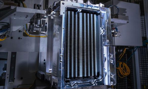 Liebherr-Aerospace et General Motors veulent développer un système de génération de puissance électrique par piles à combustible