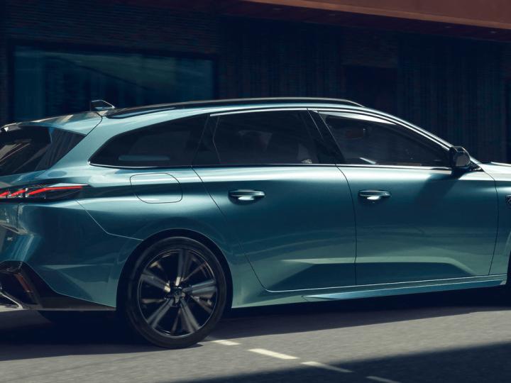 Break : Peugeot propose la 308 SW en deux versions PHEV