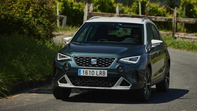 Essai Seat Arona restylé : le SUV urbain se montre plus aventurier