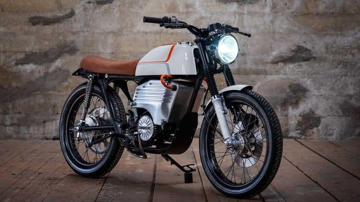 Omega Motors réinvente la Honda CB200 en version électrique