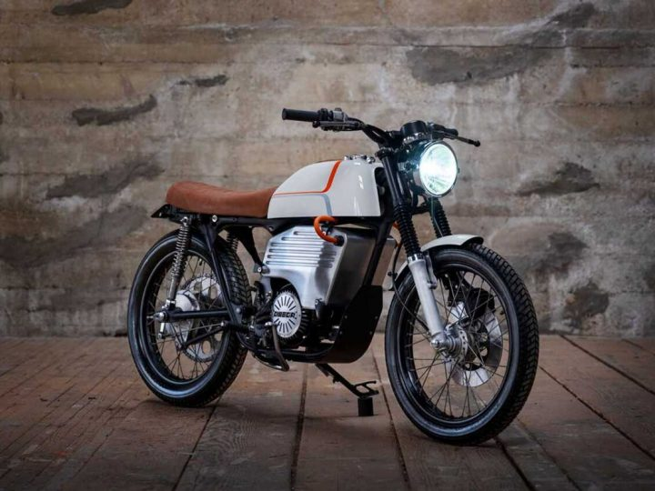 La Honda CB200 transformée en moto électrique rétro