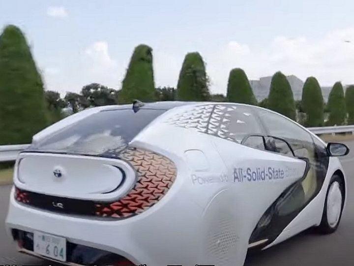 Avec son concept LQ, Toyota prépare la révolution des batteries solides