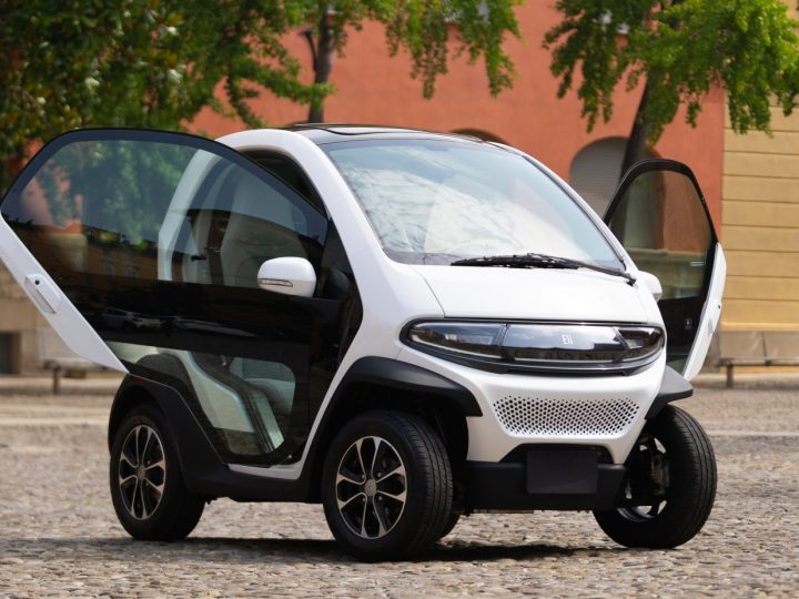 Ce constructeur américain lance une concurrente sérieuse à la Citroën AMI