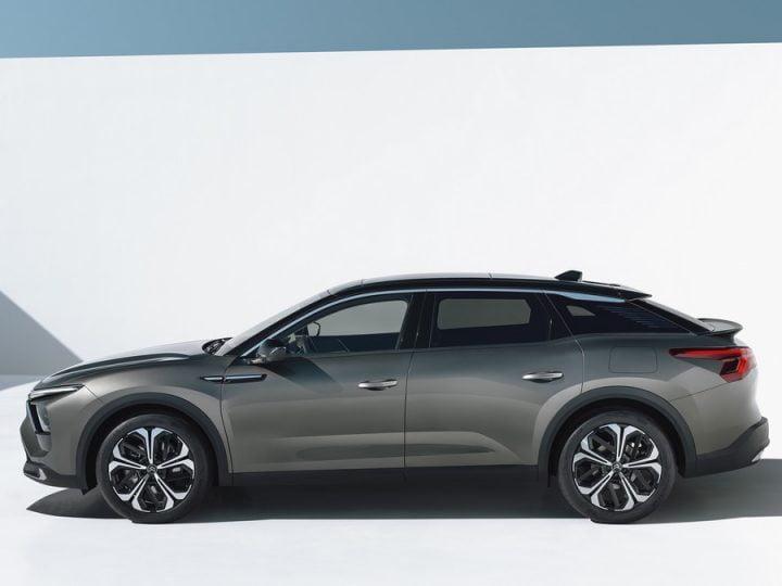 Citroën C5 X : quel est le prix de la version hybride rechargeable ?