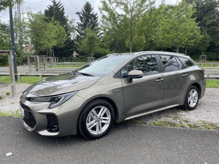 Essai Suzuki Swace : Et le clone hybride de la Toyota Corolla ?
