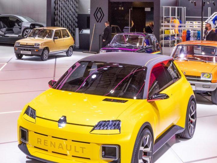 Les Renault 5 classiques à l'honneur aux côtés du nouveau prototype 100% électrique