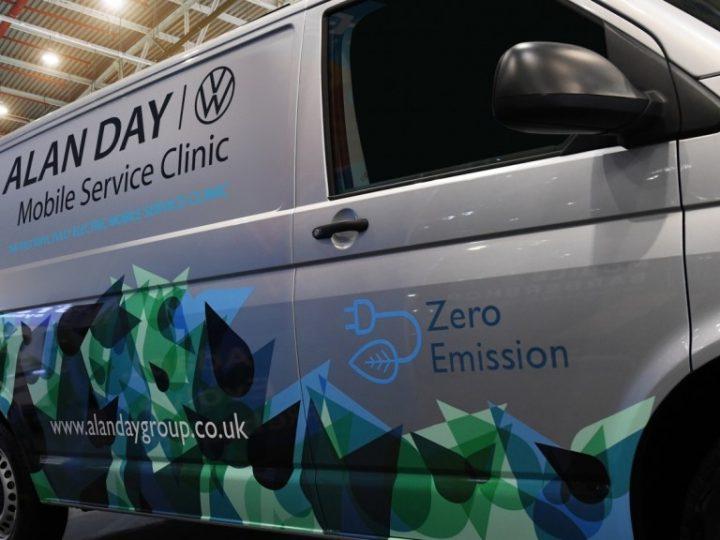 Le Volkswagen ABT e-Transporter tout électrique rejoint la flotte de Mobile Service Clinic