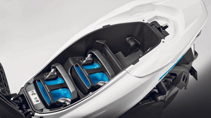 Scooters et motos électriques : un consortium pour des batteries communes