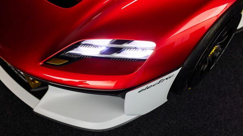 La Porsche Cayman 718 de 2025 sera électrique et sera «la Porsche la plus moderne».