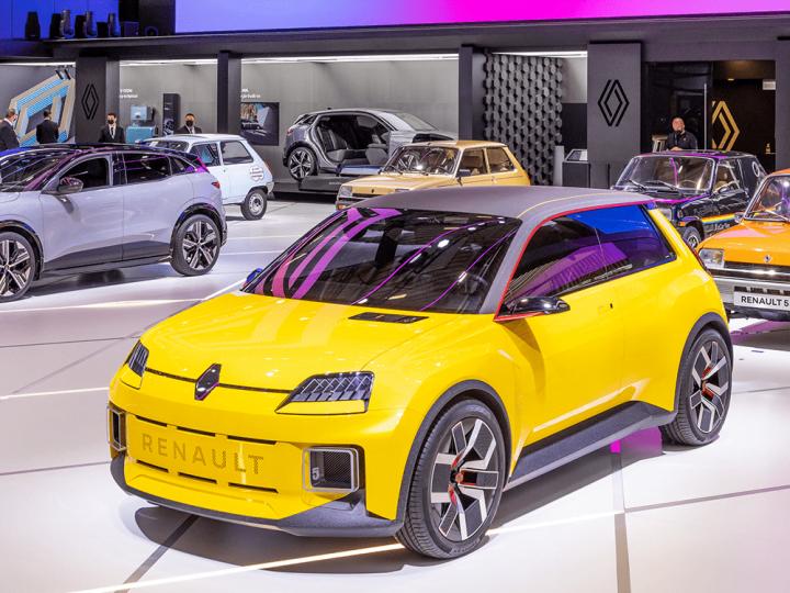 Renault confirme le lancement commercial de Renault 5 pour 2024